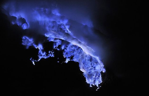 blue lava3